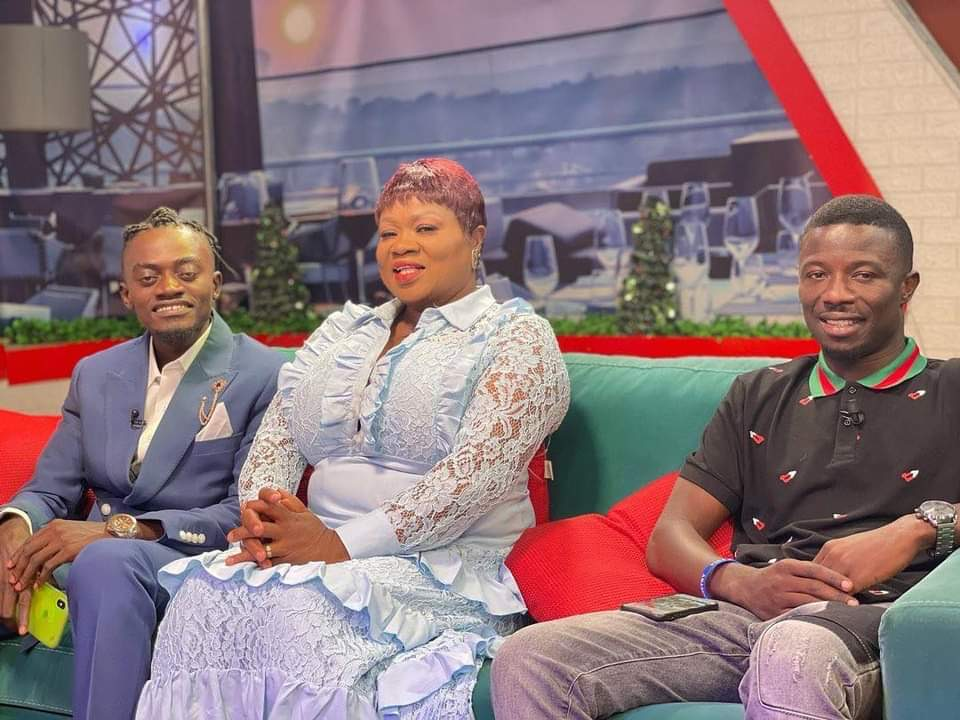 Have Patience, You Are A 'small boy' In The Movie Industry - Kwaku Manu Fires Lilwin