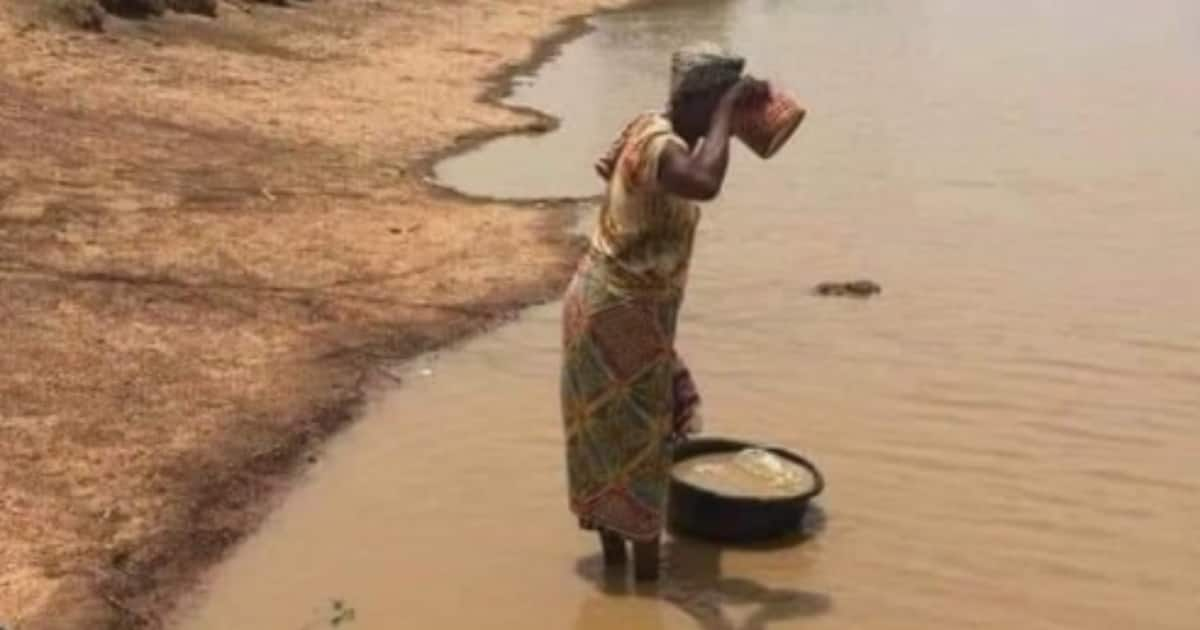 , Many react as netizens hails woman for drinking unclean water, Frederick Nuetei